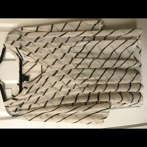 Black and cream diagonal stripe top